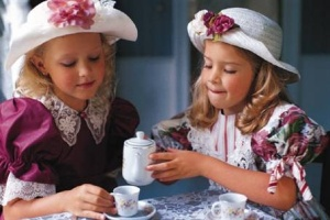 2 little girls having tea