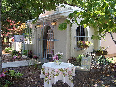 Afternoon Tea In The Garden Simply Splendid Victorian Afternoon Teas Events